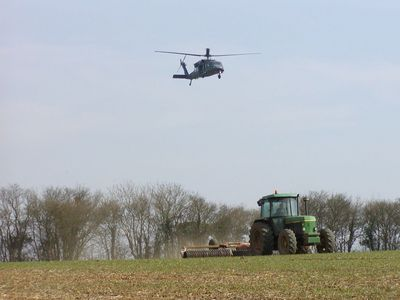 black hawk tractor 1024