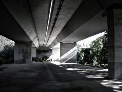underthebridge1 0